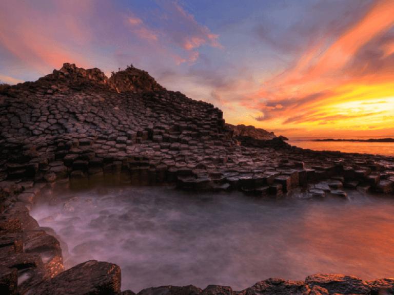 Ghềnh đá đĩa - Tạo hóa ngàn năm có một của Phú Yên