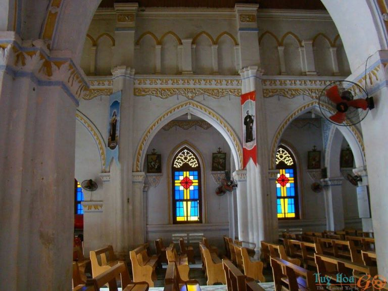 Thiết kế nhà thờ Mằng Lăng Phú Yên