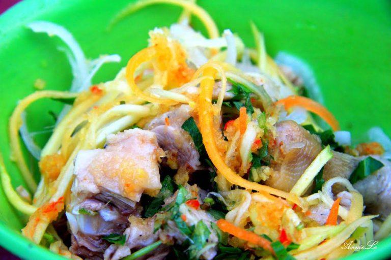 Ăn gì ở Bãi Biển Từ Nham Phú Yên?