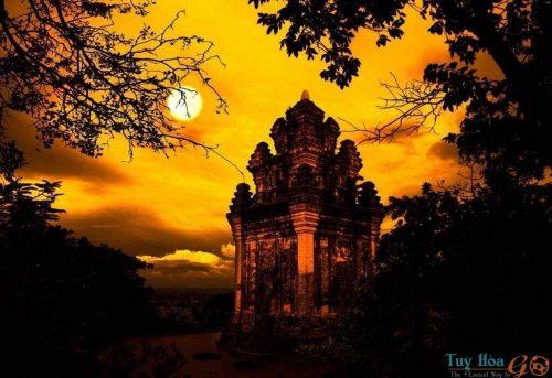 Tháp Nhạn là biểu tượng văn hóa của Tp. Tuy Hòa