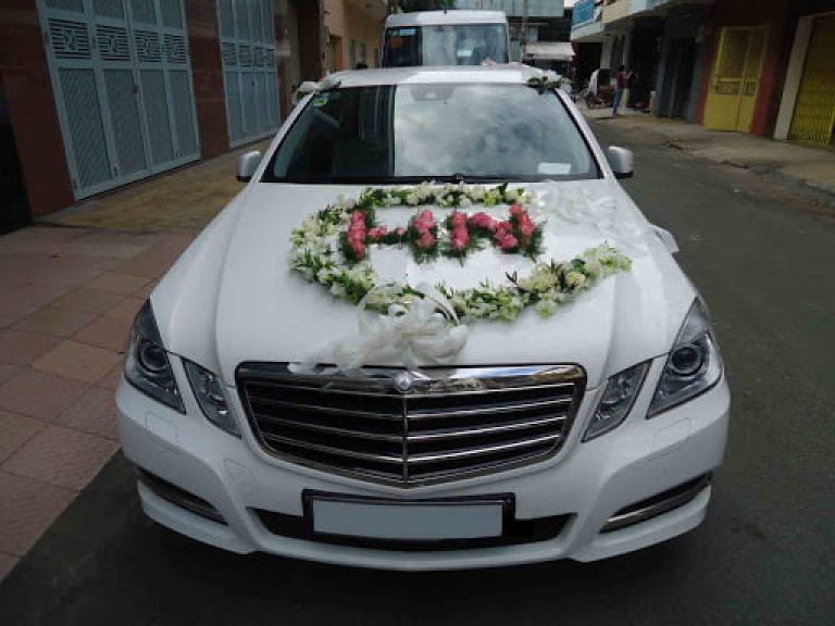 Nên chọn dòng xe nào khi thuê xe cưới hỏi Phú Yên?