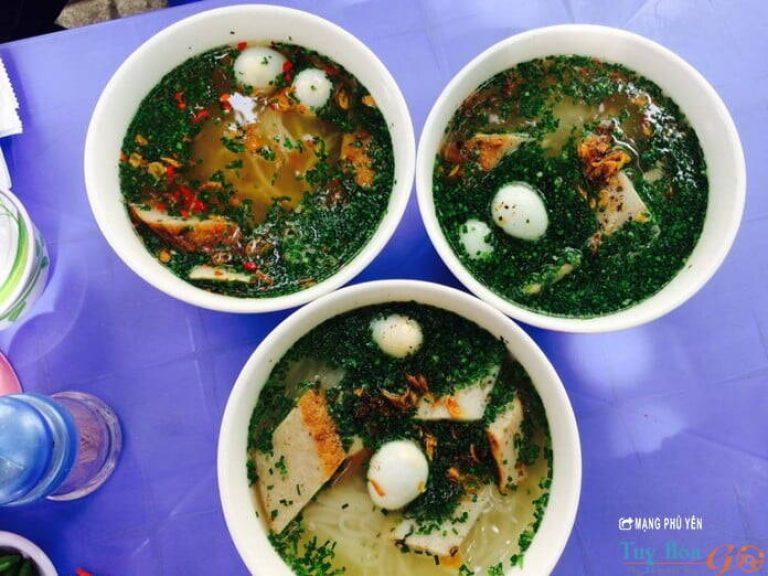 Bánh canh hẹ - món ngon Phú Yên khó cưỡng