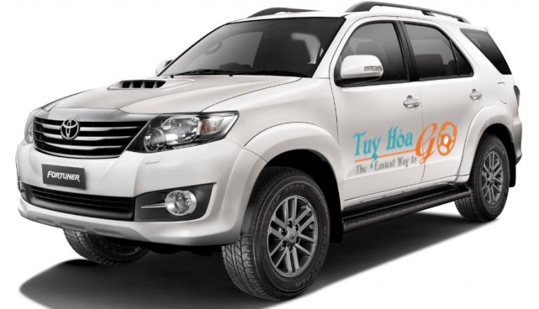 Thuê xe du lịch Tuy Hòa đi sân bay Phù Cát giá rẻ