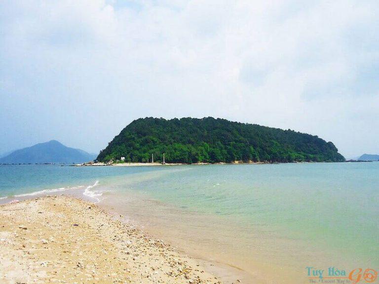 Đảo Nhất Tự Sơn ở đâu?