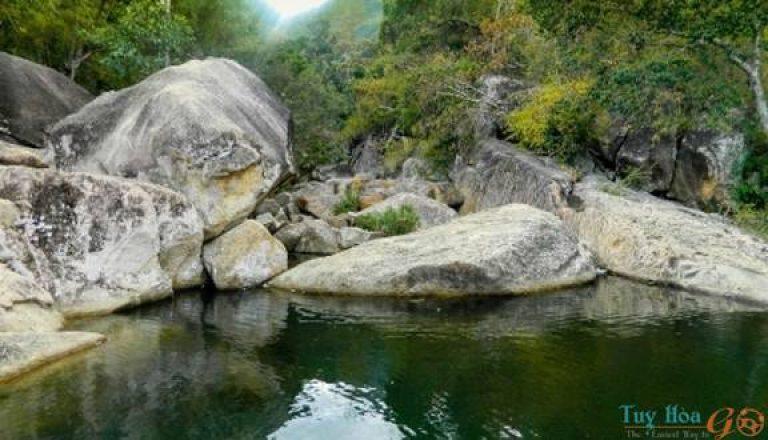 Thượng nguồn Suối Lạnh Phú Yên