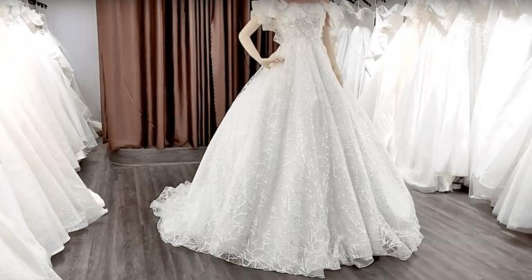 Lưu ý gì khi chọn dịch vụ cho thuê váy cưới Tuy Hòa online?