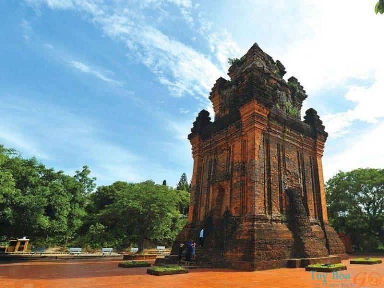 Sừng sững Tháp Nhạn phô bày văn hóa Chăm ngàn đời - địa điểm du lịch Phú Yên hấp dẫn
