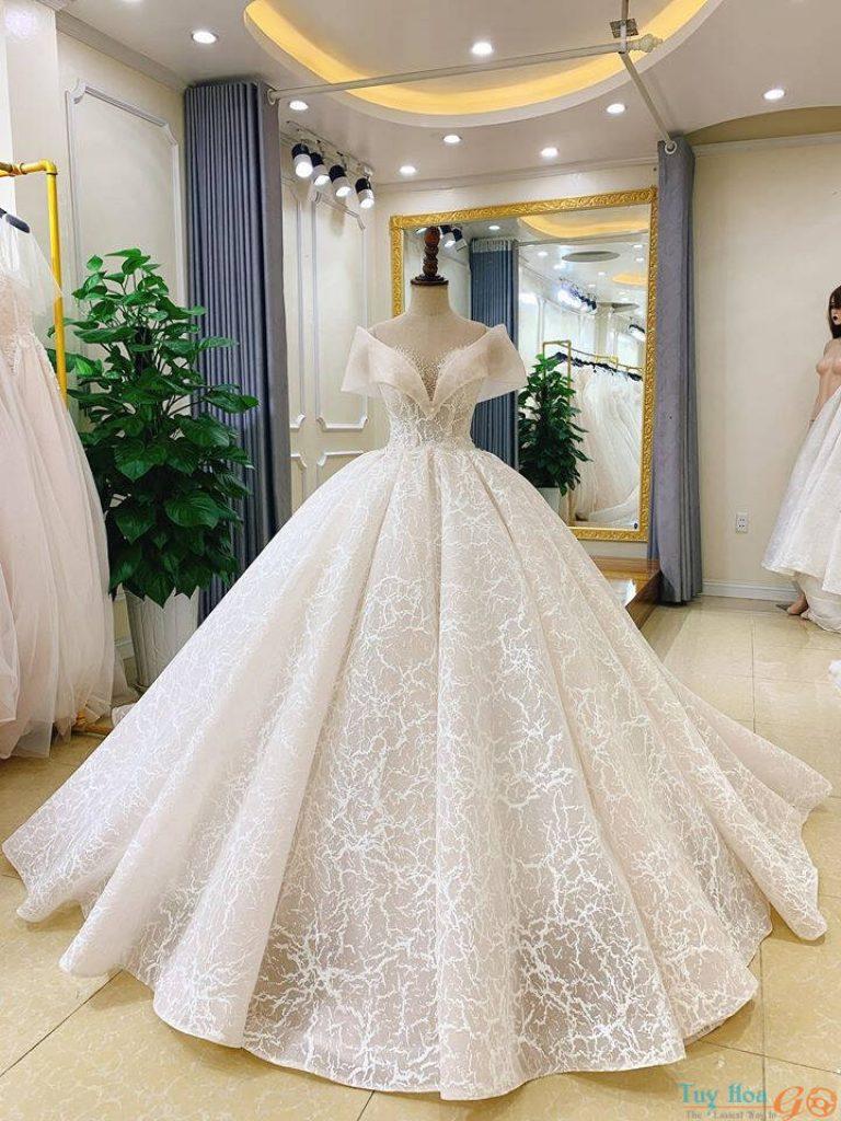 Dịch vụ cho thuê váy cưới Tuy Hòa Phú Yên
