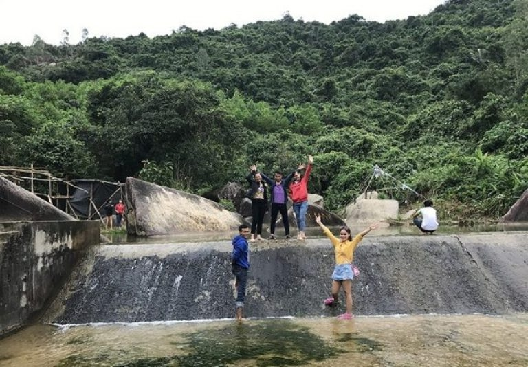 Du lịch ở Suối Lạnh Phú Yên