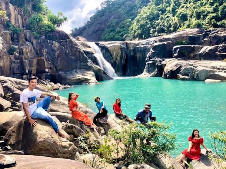 Du lịch Thác Vực Phun Phú Yên