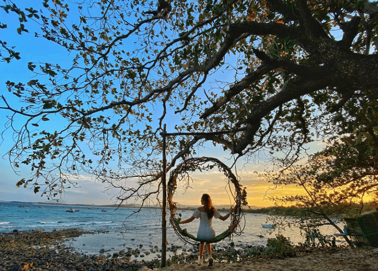 Hòn Yến – Hòn đảo hoang sơ và thanh bình