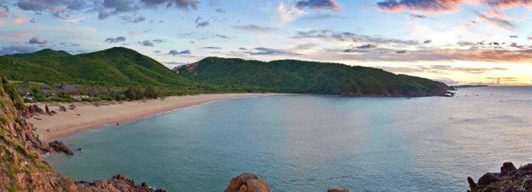 Vẻ đẹp hút hồn của đại dương tại bãi Tràm Phú Yên