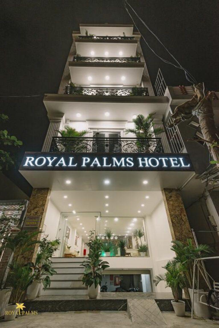 Khách sạn Royal Palms
