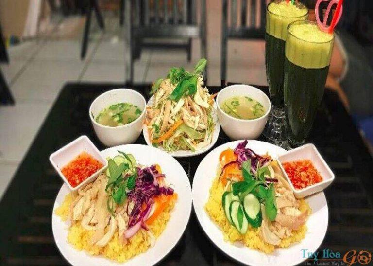 Về xứ Nẫu ăn cơm gà Phú Yên mộc mạc mà say đắm