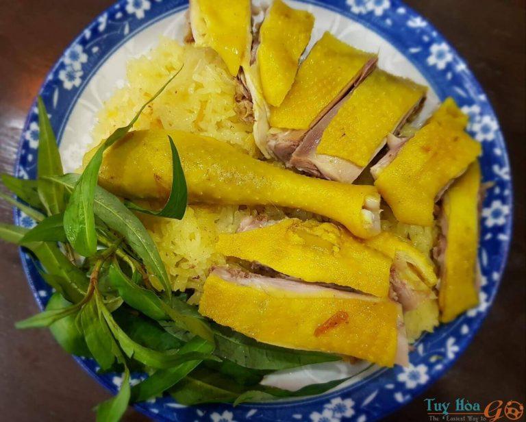 Cách chế biến cơm gà Phú Yên đúng điệu