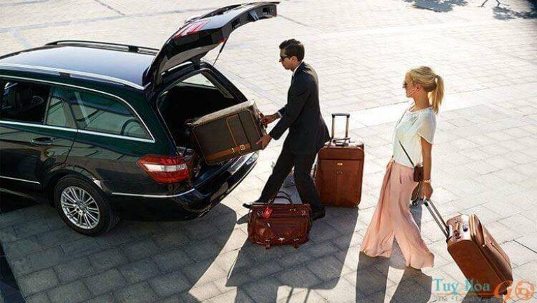 Những điều cần biết về dịch vụ thuê xe đưa đón sân bay Tân Sơn Nhất