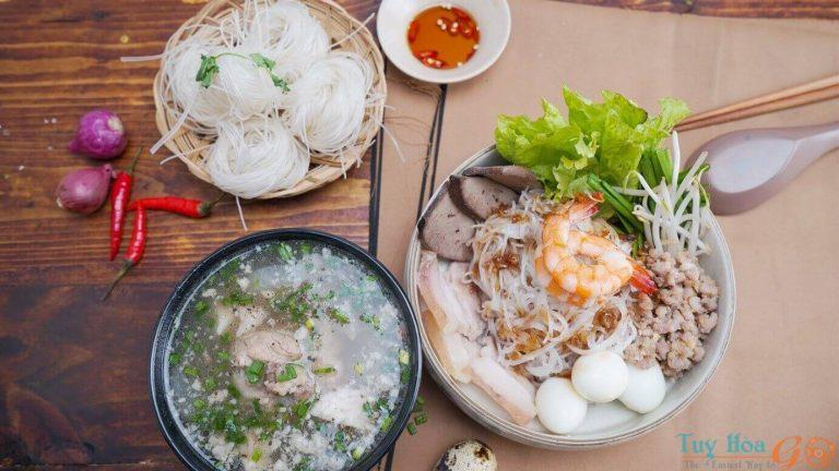 Thấm đượm tình quê với cách nấu hủ tiếu Nam Vang đậm đà thơm ngon