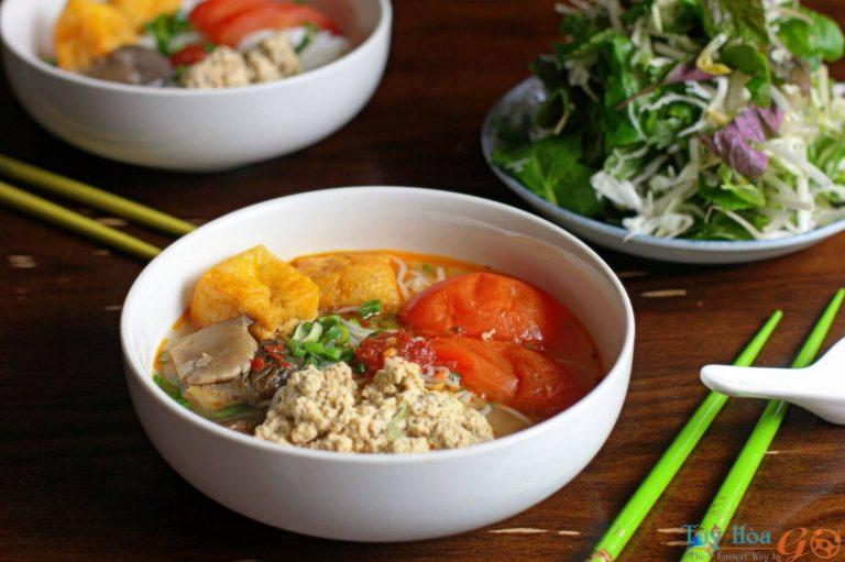 Cách nấu bún riêu cua – Món ăn dân dã mang đậm bản sắc quê hương
