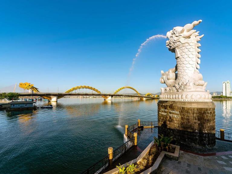 Thuê xe du lịch Sài Gòn đi Đà Nẵng
