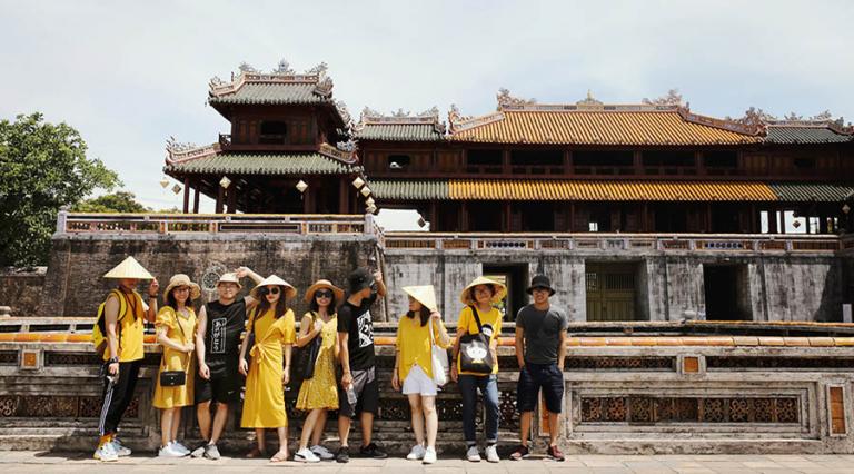 Những địa danh nhất định phải ghé khi thuê xe du lịch Sài Gòn đi Thừa Thiên Huế
