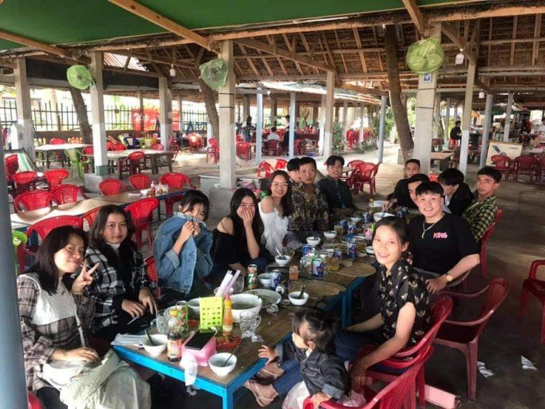 Bãi biển Long Thủy - điểm nghỉ dưỡng yên bình Phú Yên 13/10/2021