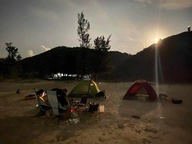 Cắm trại ngắm bình minh ở Hòn Nưa