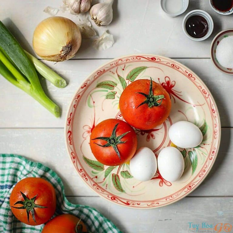 Cách nấu canh chua trứng, canh mây bồng bềnh bao người mê đắm